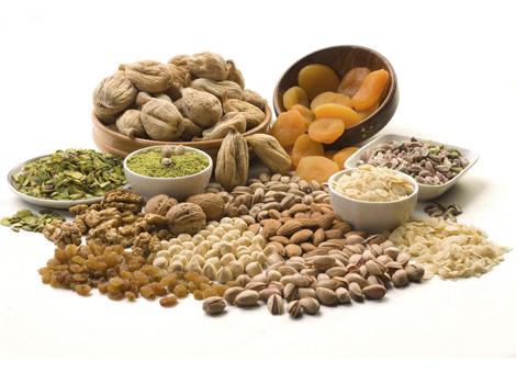 Trockenfrüchte, Nüsse, Ölsaaten